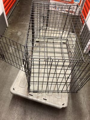 """Metal crate dog size 21"""" H x 30"""" L x 19"""" W for Sale in Chicago, IL"""