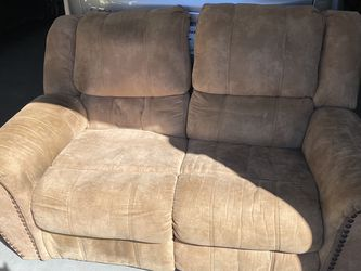 Love Seat Recliner Couch for Sale in Lebanon,  TN