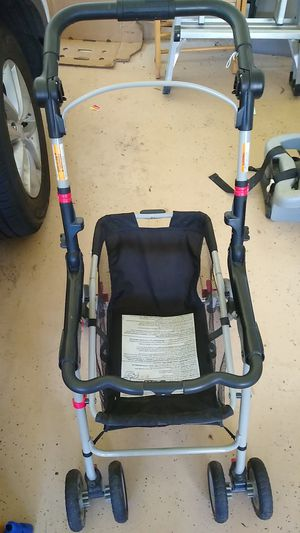 Graco snap and go for infant car seat for Sale in Chantilly, VA