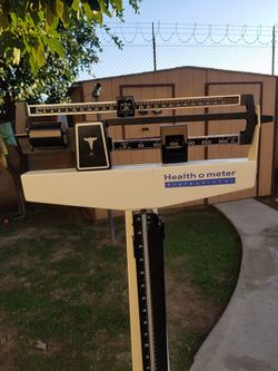 SCALE AND MEASURMENT BAR LIKE NEW for Sale in El Monte,  CA
