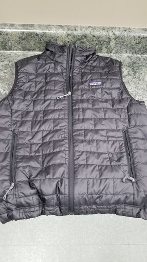Patagonia size Medium for Sale in Long Beach, CA