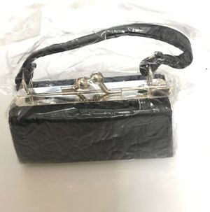 Black Lip stick mini purse for Sale in Clovis, CA