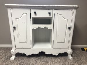 Cabinet for Sale in Loveland, OH