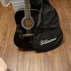 Silvertone Guitar for Sale in Spring,  TX