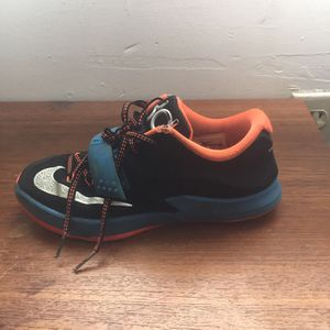 KDs size 2 for Sale in Pittsburgh, PA