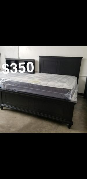 QUEEN BEDFRAME AND MATTRESS for Sale in Los Angeles, CA