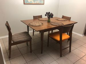 Mid century modern table 1960s for Sale in Spring, TX