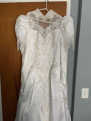 Vintage Wedding Dress for Sale in Parma, OH