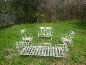 Antique patio furniture (white) for Sale in Dallas, TX