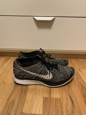 Nike Flyknit Racer Oreo for Sale in Seattle, WA