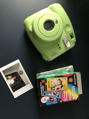 Intax 9 mini w/ 2 rolls of film for Sale in Katy, TX