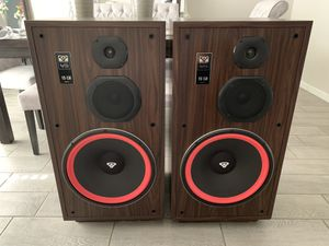 Cerwin Vega VS-150 Speakers for Sale in Phoenix, AZ