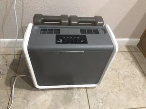 Purified Cool Sunbeam Scm3755c Mist Digital Humidifier Whole House for Sale in Scottsdale, AZ