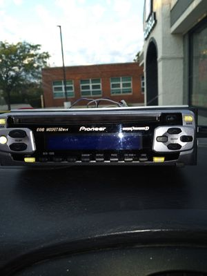 Pioneer CD player for Sale in Cleveland, OH