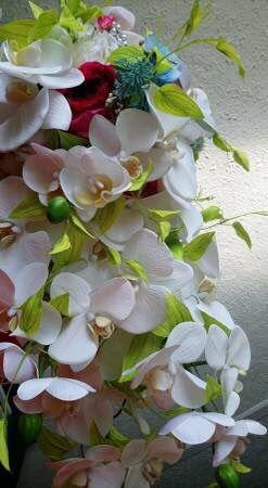 Silk wedding flowers.. for Sale in Washington, DC