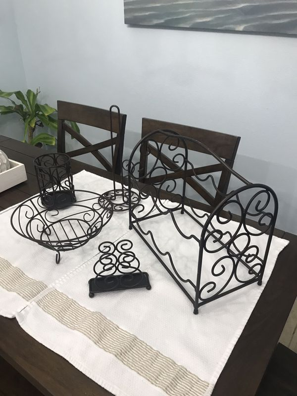 Set of 5 Matching Kitchen Decor Items