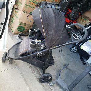 Graco Stroller for Sale in Rialto, CA