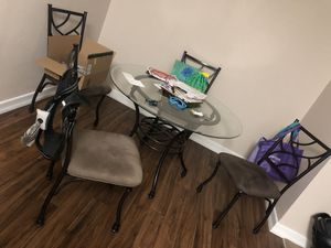 Kitchen table + 4 chairs for Sale in Chandler, AZ