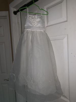 David's bridal flower girl dress for Sale in San Bernardino, CA