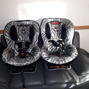TWO BRITAX BOULEVARD 70 G3 for Sale in Gaithersburg, MD
