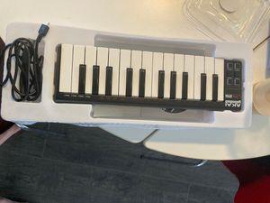 Akai Professional LPK 25 Laptop Performance Keyboard for Sale in Los Angeles, CA