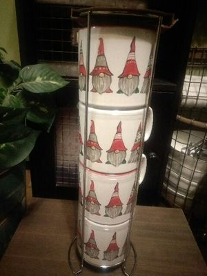 Gnome cups in caddy for Sale in Hessmer, LA