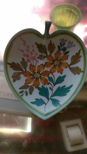 Lovely and rare Flora Gouda Dutch Pottery heart shaped for Sale in Knoxville, TN