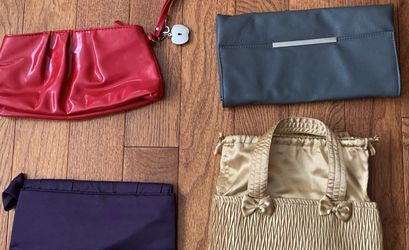Assorted Clutches - Free For Pickup for Sale in Queens,  NY