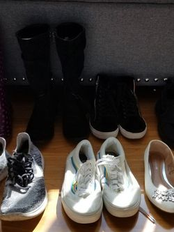 7 Pairs Girls Shoes for Sale in Los Angeles,  CA