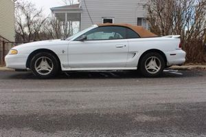 Ford Mustang 1998 Convertable for Sale in Pittsburgh, PA