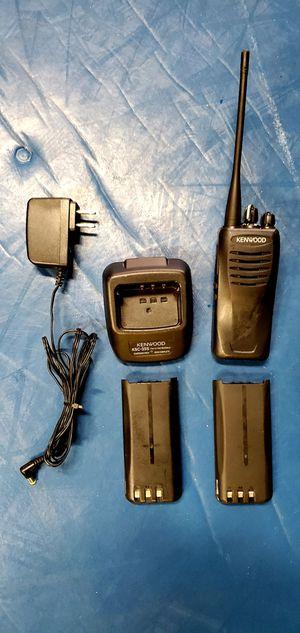 TK-3402U UHF FM TRANSCEIVER for Sale in Lompoc, CA