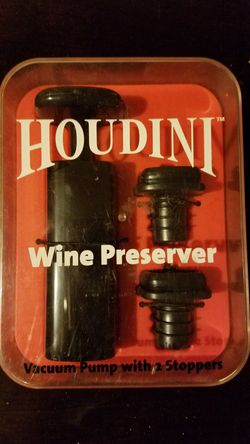 Houdini Wine Preserver Vacuum Pump with 2 Stoppers -New for Sale in Bethlehem,  PA
