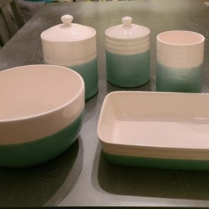 Crate and Barrel Ceramic Serving and Bakeware. Never Used! for Sale in Virginia Beach, VA