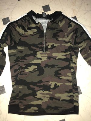 long sleeve camo shirt with zipper for Sale in Joliet, IL