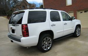 Awesome 2007 Chevrolet Tahoe LTZ Clean 4WDWheels for Sale in Washington, DC
