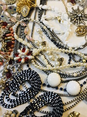 Vintage Jewelry for Sale in Gulfport, MS