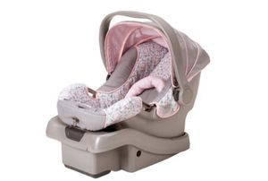 Graco Infant Car Seat With Base for Sale in Secaucus, NJ