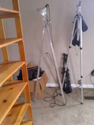 Photographer Equipment - Tripod Lights Stand, Tripod Camera Stand and 2 Small Tripod Light Stands for Sale in Ashland City, TN