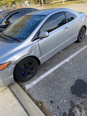 2007 honda civic 2-door coupe LX for Sale in Great Mills, MD
