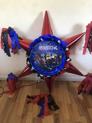 Roblox 3D Star Pinata for Sale in Ontario, CA