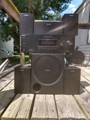 Sony surround sound system/speaker's for Sale in Monroe City, MO