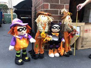 Halloween decoration standing figures for Sale in Justice, IL