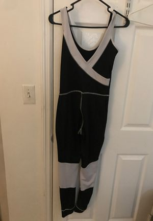 Jumpsuit black and white for Sale in Miami Gardens, FL