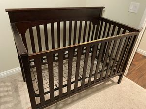 Baby bed for Sale in Los Angeles, CA