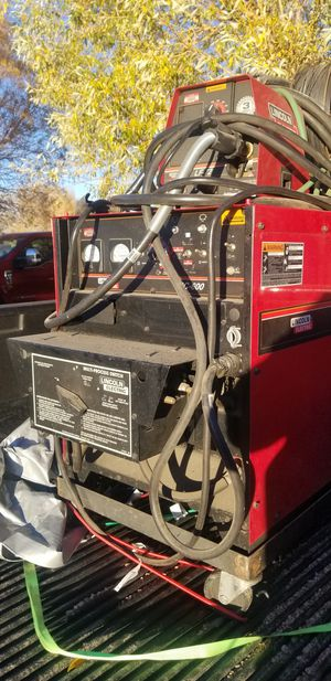 Lincoln DC600 Welder With Wire Feeder for Sale in Houston, TX