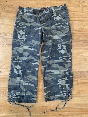 Jalate Women's Camo Capri Size 5 Jeans for Sale in Beaverton, OR