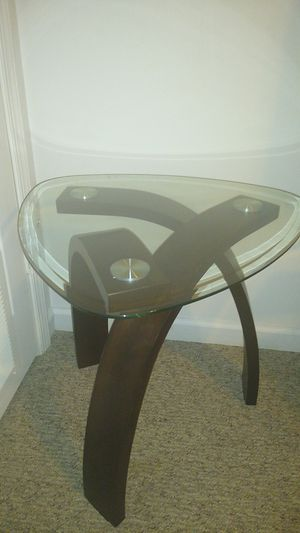 Glass end table for Sale in Oak Hill, WV