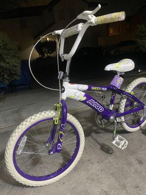 Girl's bike in great condition for Sale in Las Vegas, NV