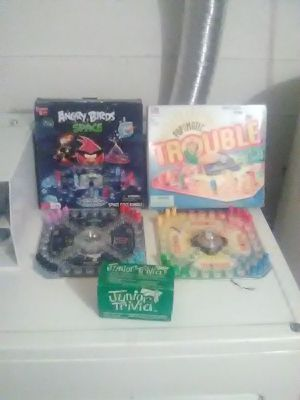 Angry birds space,tooniverse puzzles for Sale in Seattle, WA