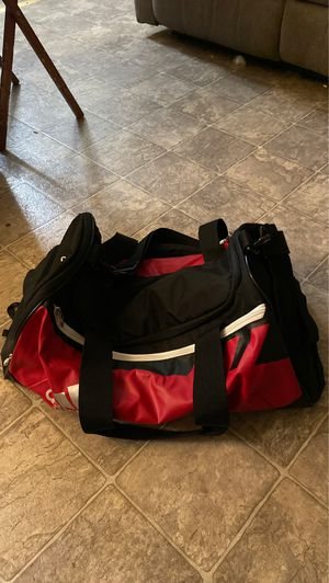 Adidas duffle bag only used once for Sale in East Palo Alto, CA